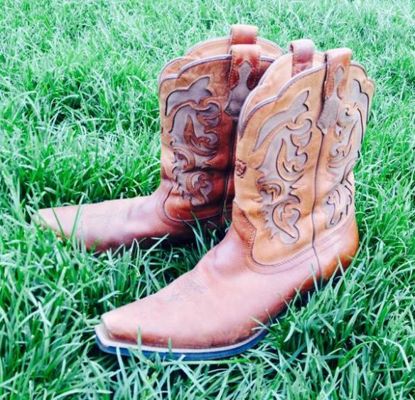 Andrea's Boots (via Twitter)